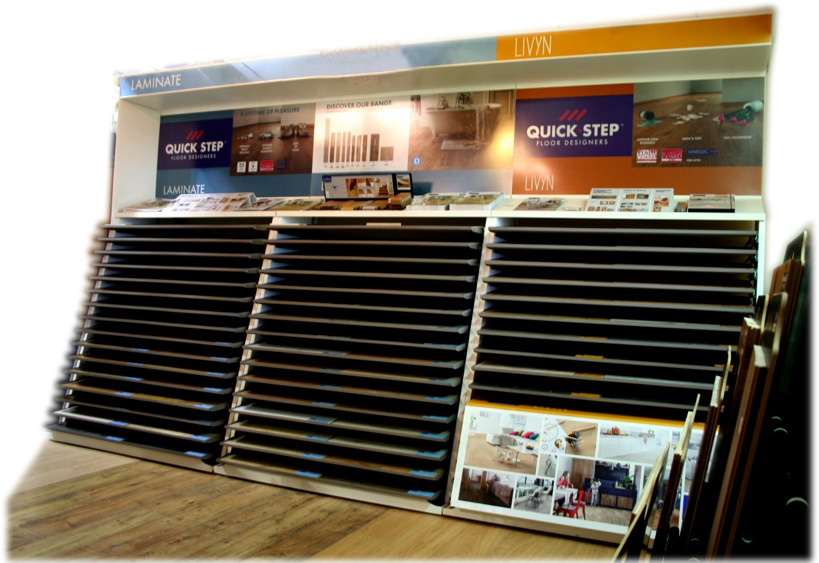 Laminate flooring in dartmouth rgc for Laminate flooring displays